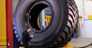 pneu-gigante